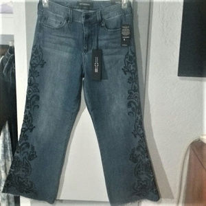 NWT Cropped Flare Denim with Detailing!